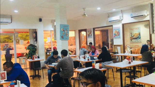 Menikmati Fish and Chips Murah di Fish Streat Tebet (462309)