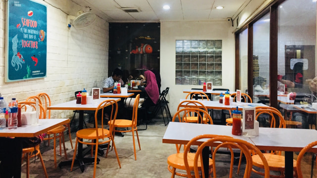 Menikmati Fish and Chips Murah di Fish Streat Tebet (462312)