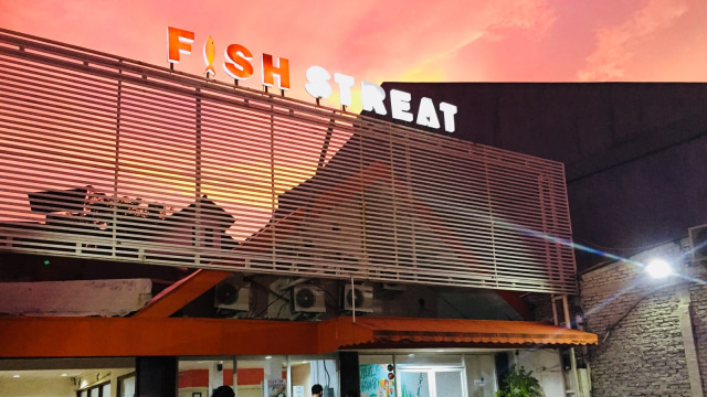 Menikmati Fish and Chips Murah di Fish Streat Tebet (462308)