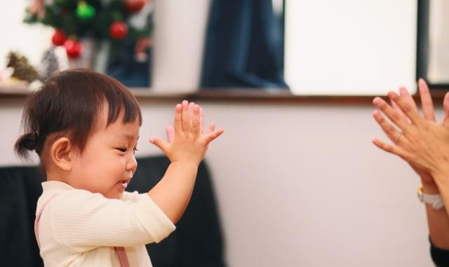 Umur Berapa Bayi Bisa Tepuk Tangan (53802)