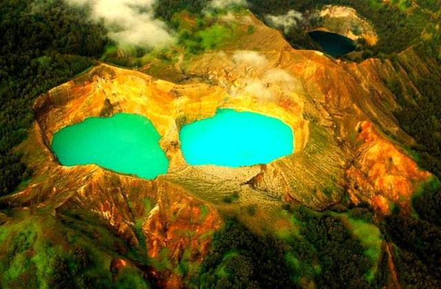 Danau Kelimutu, Flores