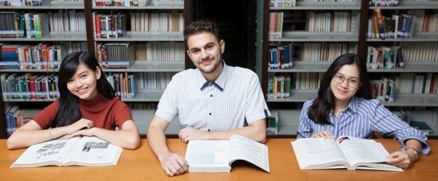 4 tantangan menarik kuliah di President University, apa aja sih? (417511)