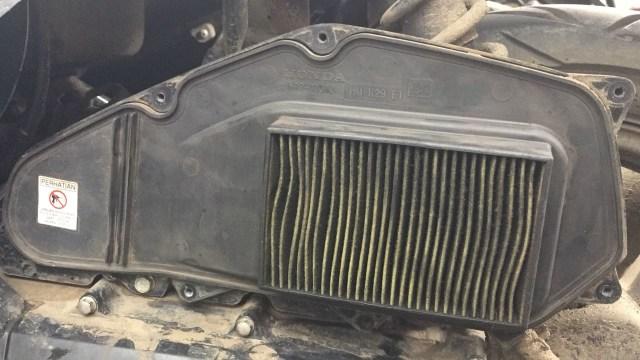Filter Udara Sepeda Motor Jangan Dicuci, Benarkah?  (1292)