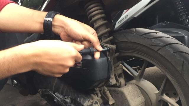 Filter Udara Sepeda Motor Jangan Dicuci, Benarkah?  (1295)
