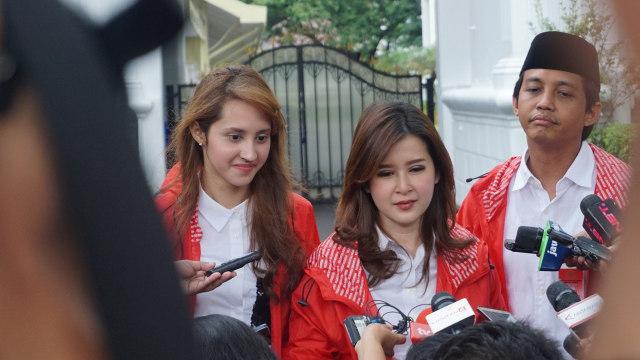 Jokowi Beri Tips Grace Natalie dan Tsamara Amany Menangkan Pemilu 2019 (63897)