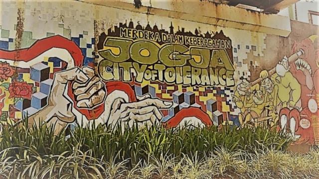 seni Mural tidak hanya solusi vandalisme tapi juga menyampaikan pesan sosial
