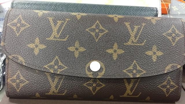 7 Dompet Branded yang Bisa Kamu Temukan di Irresistible Bazaar 11 (62709)