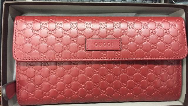 7 Dompet Branded yang Bisa Kamu Temukan di Irresistible Bazaar 11 (62711)
