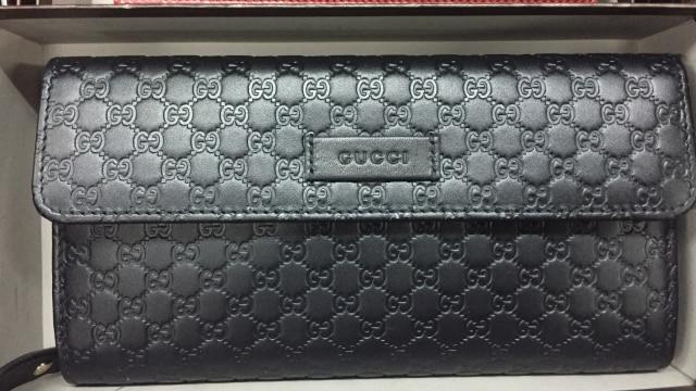 7 Dompet Branded yang Bisa Kamu Temukan di Irresistible Bazaar 11 (62712)