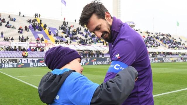 Davide Astori, sang Jiwa Firenze, Bersemayam di Ban Kapten Fiorentina (700088)