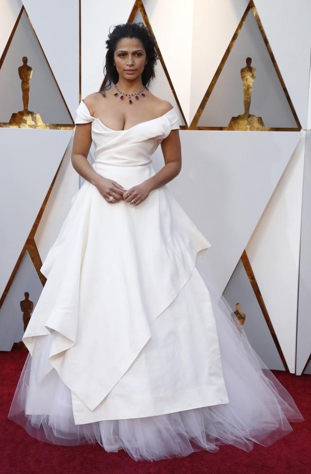 Oscars - Camilla Alves