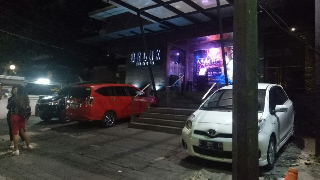 Suasana Dronk Bar, Kemang tampak sepi.