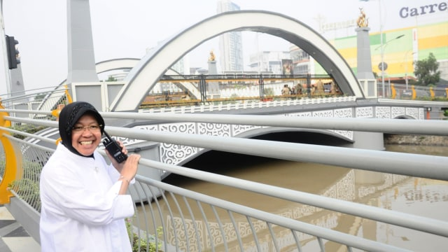 Risma tinjau Jembatan Ujung Galuh
