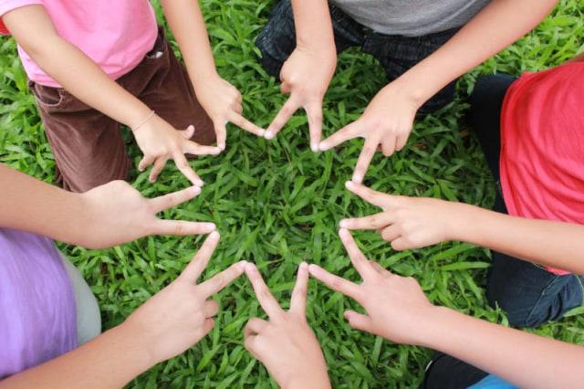 Tips Agar Anak Percaya Diri Saat Melakukan Percakapan (115590)
