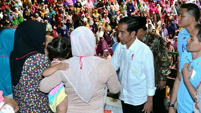Jokowi: Jangan Telan Mentah-mentah Fitnah yang Bertebaran (48372)