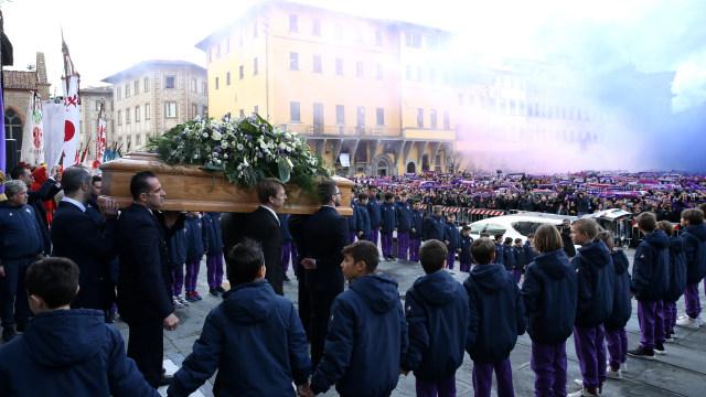Davide Astori, sang Jiwa Firenze, Bersemayam di Ban Kapten Fiorentina (700089)