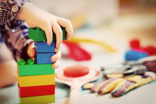 Manfaat Main Puzzle untuk Anak  (122009)