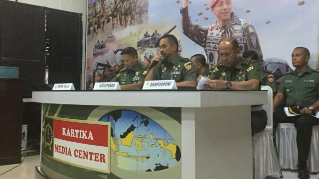Konpers Hasil investigasi Tank M113 dan KMC