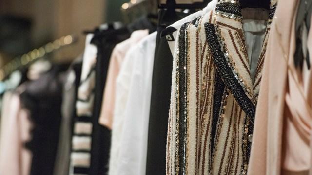 Ilustrasi Industri Fashion