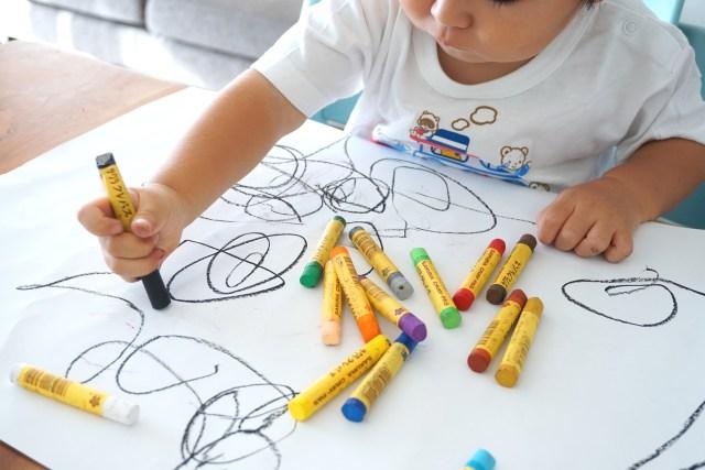 Image result for anak menggambar