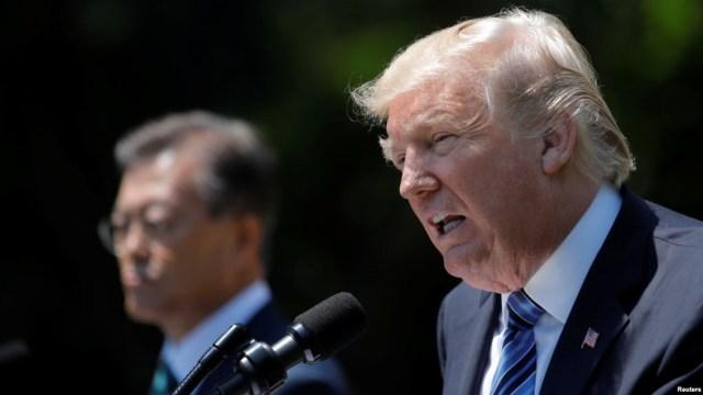 Presiden Korsel Moon Jae-in dan Donald Trump