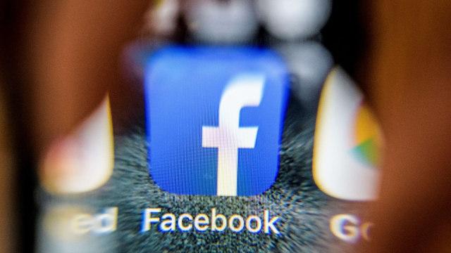 Hapus Trending Topic, Facebook Coba Fitur Baru Label Breaking News (291505)