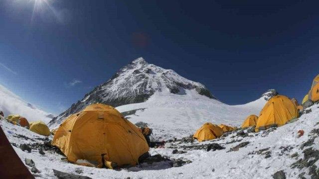 Ide Garry Porter untuk Bersihkan Tumpukan Tinja di Gunung Everest (401598)