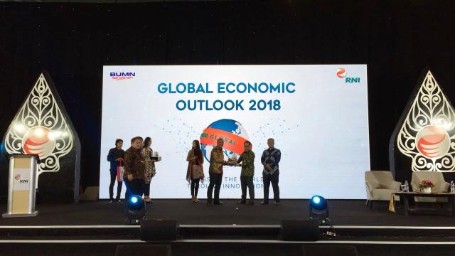 PT RNI di acara Global Economic Outlook