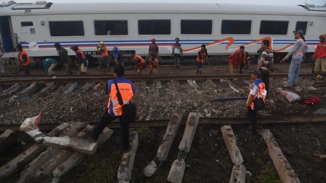 Usai Kecelakaan KA Sancaka, Jalur Selatan Kembali Dibuka (87846)
