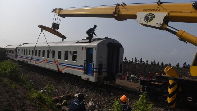 Kecelakaan KA Sancaka di Ngawi.