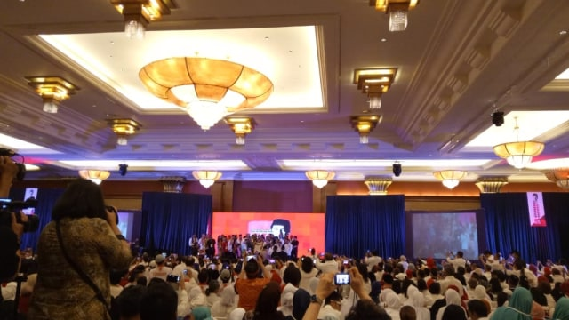 Jokowi Geram Dituding Berbagai Isu Fitnah: PKI, Aseng, hingga Utang (325640)
