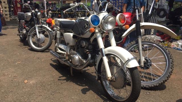 Honda Dream 305 Eks Patwal Soekarno.