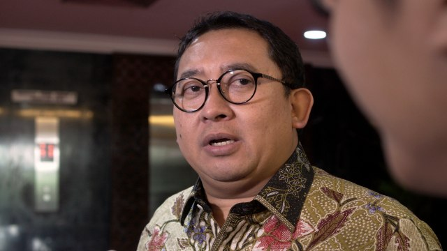 Fadli Zon Buat Polling Pilpres di Twitter: Jokowi Menang Lalu Dihapus (532808)
