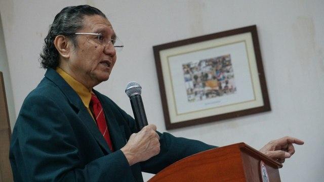 Ketua Umum IDI Prof. Dr. I. Oetama Marsis