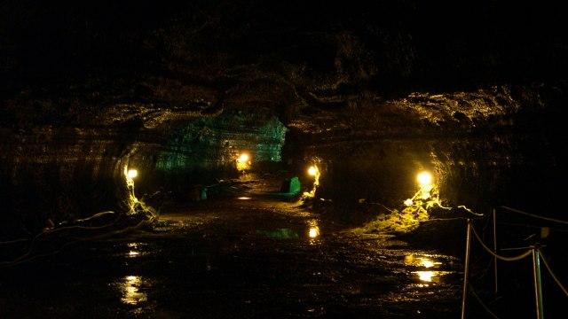 Manjang-gul Cave