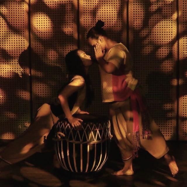 Makna Keseimbangan dalam Tari Sengketo Wanita oleh Nan Jombang Dance Company