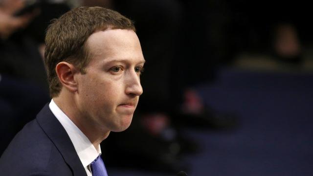 Pendiri Apple Nasihati CEO Facebook Mark Zuckerberg, Apa Katanya? (83448)