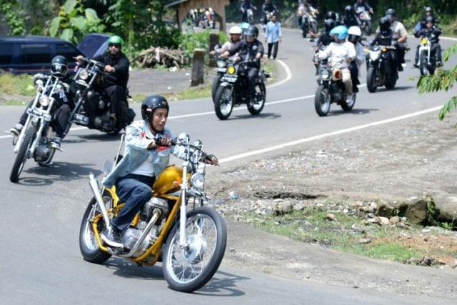 Keren, Motor Chopper Jokowi Siap Disandingkan Dengan Motor Caferacer Gibran di IIMS 2018 (145507)