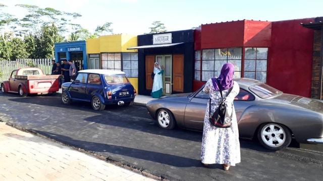 Melihat Taman Wisata Mobil Antik di Junkyard Auto Park (3129)