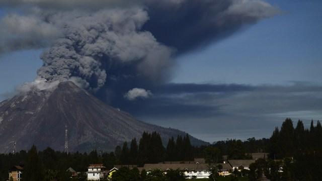 Lipsus Negeri Seribu Gemoa, Erupsi Gunung Sinabung