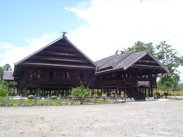 Boyang, Rumah Adat Masyarakat Mandar (2853)