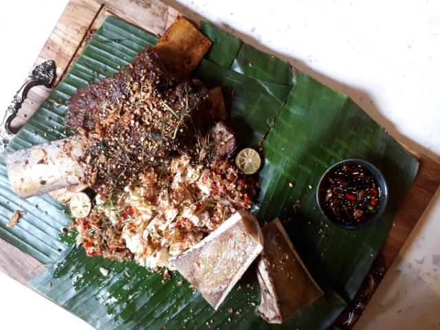 Makanan yang disajikan di FEAST by Kokiku
