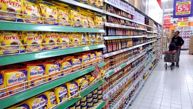 6 Hal yang Tak Boleh Disentuh saat Belanja di Supermarket Selama Pandemi (42358)