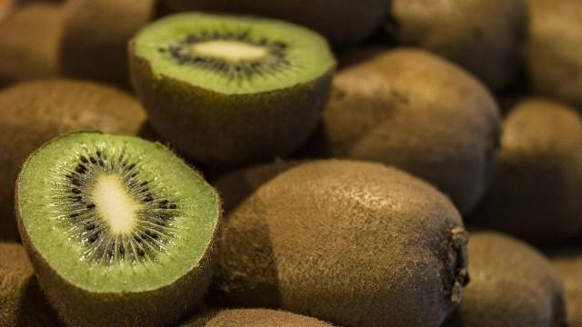 Ilustrasi buah kiwi.