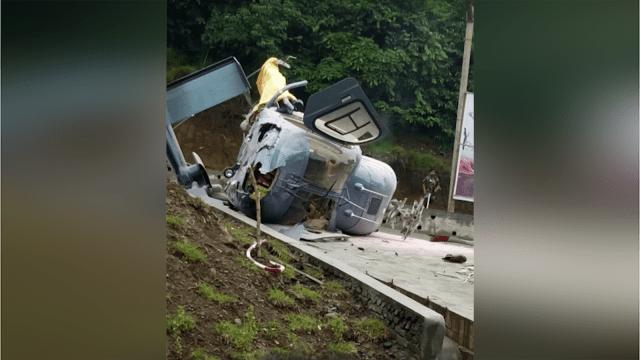 Helikopter jatuh di Sulawesi