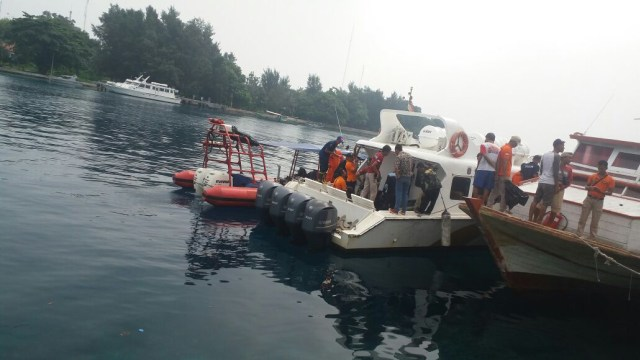 Kapal Dishub meledak di Kepulauan Seribu.