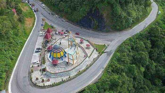 Sejuknya Rest Area di Perbatasan Kota Padang-Kabupaten Pesisir Selatan (69394)
