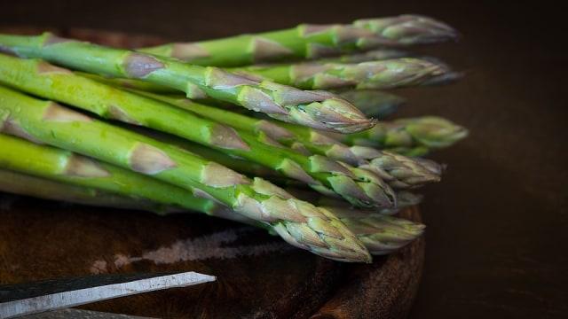 6 Makanan Sehat untuk Ibu Hamil yang Kaya Asam Folat (93002)