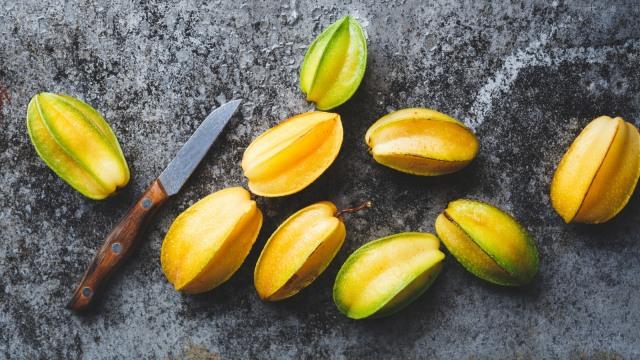 Ilustrasi buah belimbing