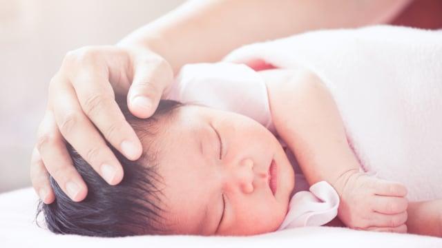3 Hal yang Perlu Diperhatikan saat Memilih Tempat Tidur Bayi  (80022)